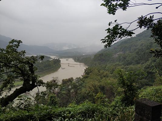 从成都去都江堰景区怎么走最近?给你最真实都江堰旅游攻略!